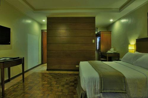 Fersal P Tuazon - Executive Suite
