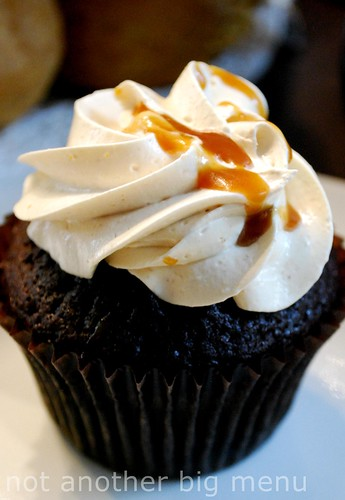 Bea's of Bloomsbury - Chocolate cupcake and peanut butter icing
