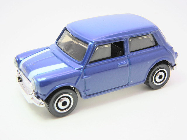 matchbox '64 austin mini cooper s blue (2)