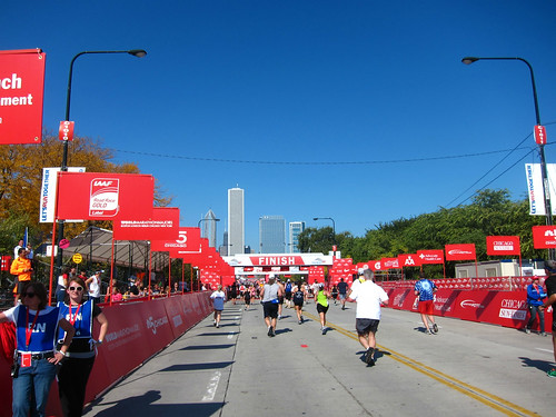 chimarathon2011057finish
