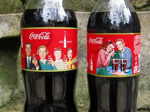 Coca-Cola 125 Anos 2L e 2,5L Serie de outubro 2011 Brasil by roitberg