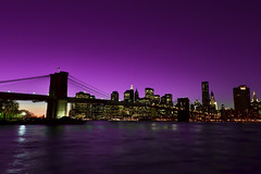 Purple Sky - NYC Lower Manhattan (Yohsuke_NIKON_Japan) Tags: nyc bridge night nikon purple manhattan sigma eastriver nightview アメリカ 10mm ニューヨーク マンハッタン イーストリバー d3100