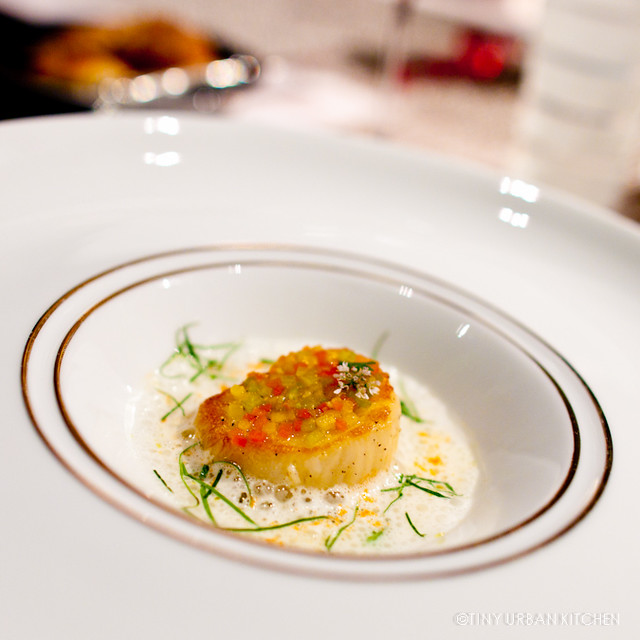 La Noix de Saint Jacques  Seared scallop, heart of palm scented coconut milk