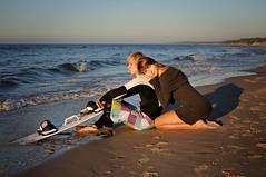 Daria&Arek (kramerowa) Tags: beach balticsea kitesurfer womanandman nikond90