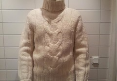 Cabled Turtleneck wool sweater (Mytwist) Tags: male wool fetish cozy warm cables turtleneck heavy offwhite polo thick cabled tneck rollneck rollkragen woolfetish rollerneck