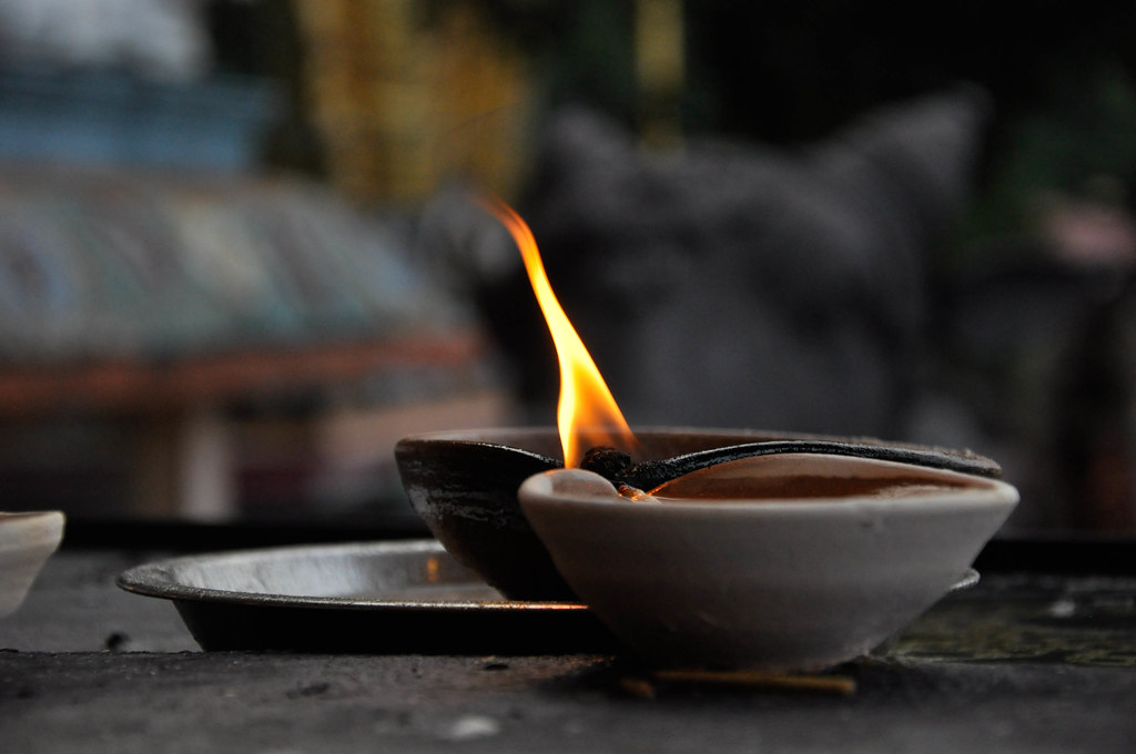 Happy Deepavali 屠妖节快乐 ...