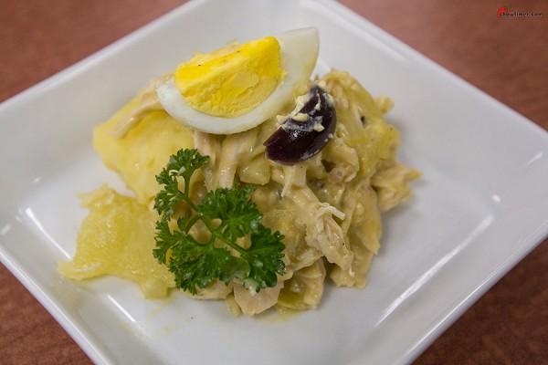 Chicken-in-Aji-Sauce-17-600x400