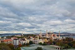 İstanbul'u Özlemek... (Yavuz Alper) Tags: blue fall clouds nikon october istanbul mosque 1750 bulutlar sophia divan sultanahmet topkapı köprü marmara boğaz hagia yolu alman ayasofya bosporus dikilitaş çeşmesi sonbahar hipodrom köprüsü sarayı meydanı gülhane spng minareler ayairini kuleler kubbeler firuzağa d7000