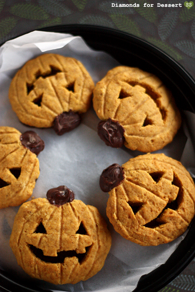 Diamonds for Dessert: Jack-o'-Lantern Cookies