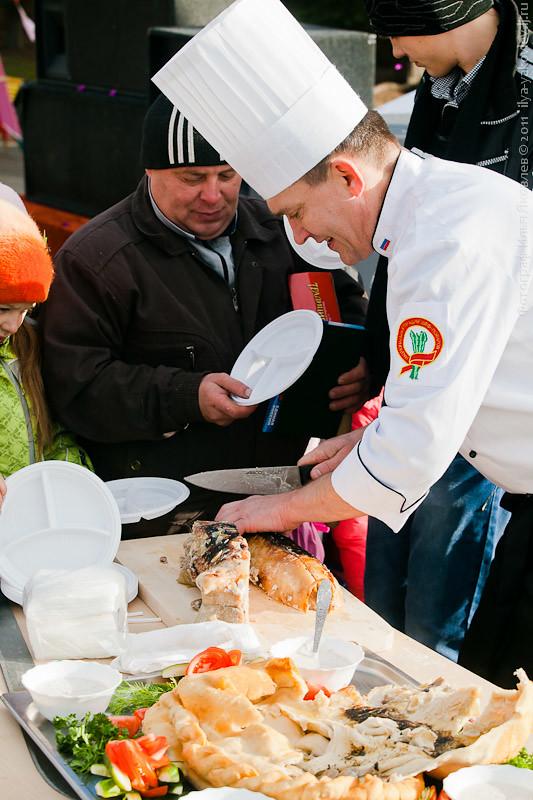 20111104-0184-Chebarkul-festival-pelmeney