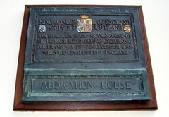Photo of James II of England bronze plaque