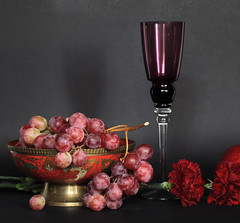 Random Festive Things (panga_ua) Tags: pink flowers red stilllife art glass composition canon dark festive spectacular lights golden spring artwork shadows purple artistic random availablelight may ukraine poetic creation grapes imagination natalie carnation arrangement tabletop bodegon decorated naturemorte panga goblet artisticphotography rivne naturamorta redapple artphotography sharpfocus  nataliepanga randomfestivethings metallicfootedbowl