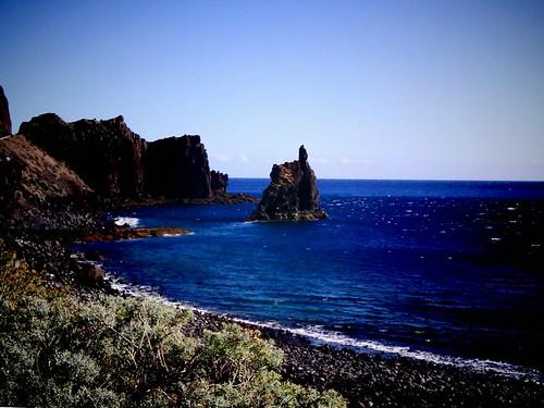 Las Playas. Roque de Bonanza. El Hierro nov2011