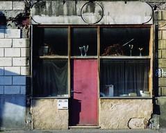 Trophies (Philippe Yong) Tags: 120 film analog mediumformat fuji rangefinder suburbs analogue 6x7 trophies 80mm mamiya7ii moyenformat pro400h laplainestdenis lapetiteespagne philippeyong wwwpyphotographyfr
