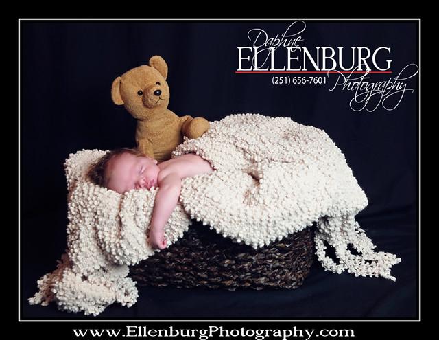 fb 11-07-01 Baby Evan Sneak Peek-01a