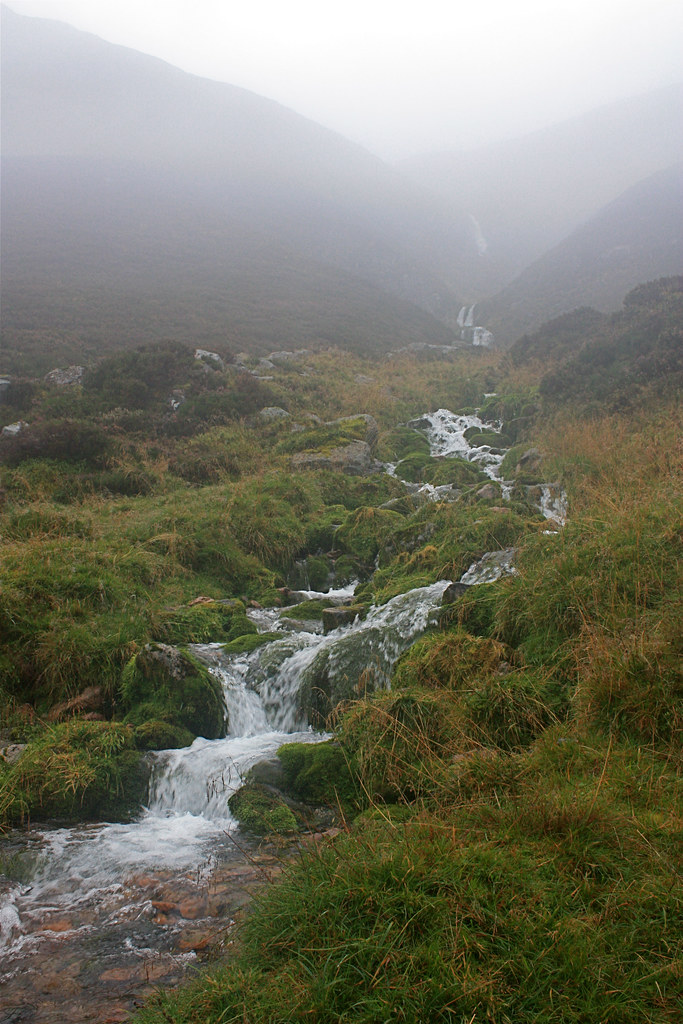 Waterfall from Coire Bogha-clioche