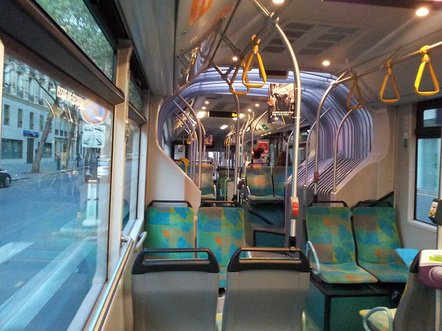 Dans le bus à Paris, LC