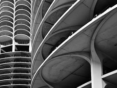 Marina City, Chicago (Bertrand Goldberg) (Burçin YILDIRIM) Tags: sky bw usa chicago abstract building tower texture lines skyline architecture modern skyscraper concrete illinois downtown pattern graphic curves highrise tall beton bertrandgoldberg