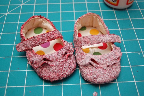 05 Glitter Shoes