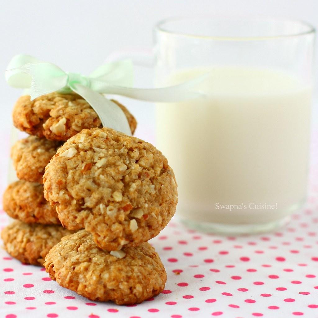 Swapna's Cuisine: Oatmeal, Coconut and Almond Cookies