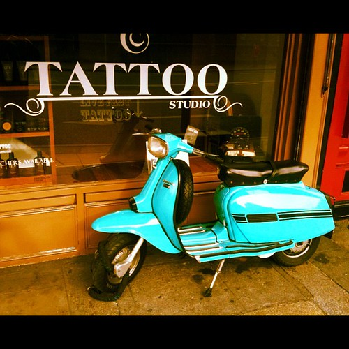 #scooter #Moto #Vespa #dublin by Gribers