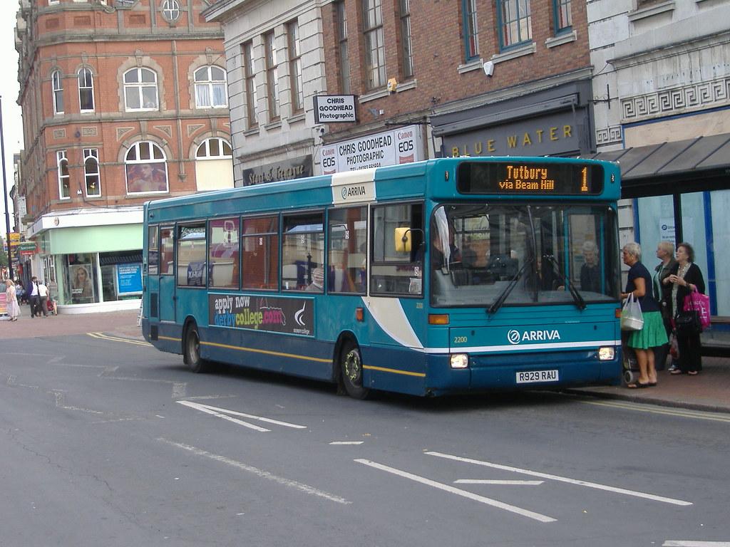 Arriva 2200 R929RAU Burton on Trent
