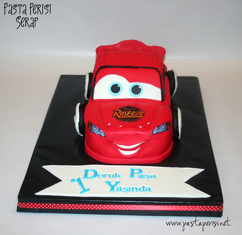 cars cake- şimşek mc queen