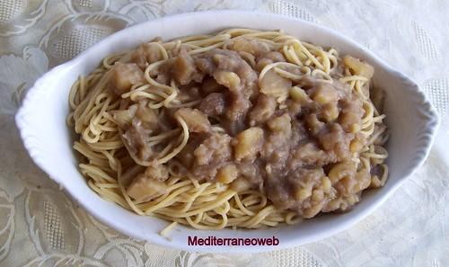 Pastasciutta di spaghetti e patate