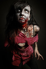 The Undead (Dar.shelle) Tags: fiction portrait self canon blood zombie stevens makeup science fantasy gore 7d wounds 430exii darshelle