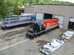 Rail Equipment - Big and Small (BROOKVILLEcorp) Tags: locomotives switchers bl20gh brookvilleequipment