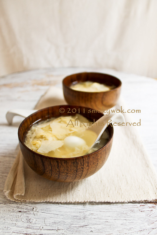Chinese Sweet Beancurd (Fu Chuk) Dessert Soup with Quail Eggs 腐竹鸡蛋糖水 ...