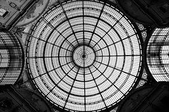 Milano Fashion Symmetry_5148605187_m (psvldemo) Tags: italia milano lombardia sprengben wwwflickrcomphotossprengben globebloggerwwwtuiflycomglobebloggerwwwflickrcomphotoss globebloggerwwwtuiflycomglobebloggerwwwflickrcomphotossprengbenwwwsprengbendeweltreiseitalienmailaindmilanitaly viasilviopellicomilanolombardiaitalia