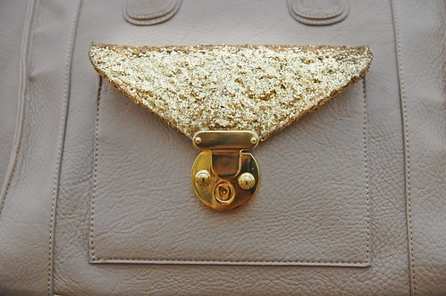 DIY Glitter Details on Purse