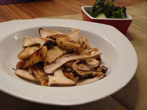 Kartoffelknödel mit Kräutersaibling