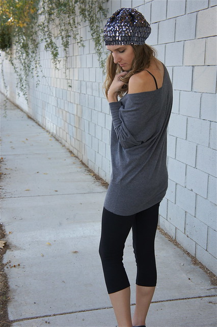 Gray off shoulder sweater outfit