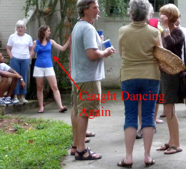 P1120176-2011-07-04-July-4th-party-KK-Caught-Dancing-Detail-Caption