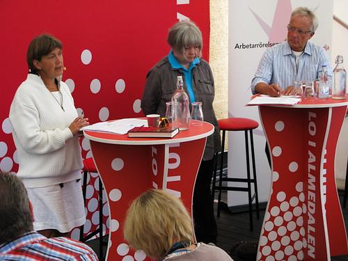 Lena Sommestad och Ann-Marie Lindgren i Visby