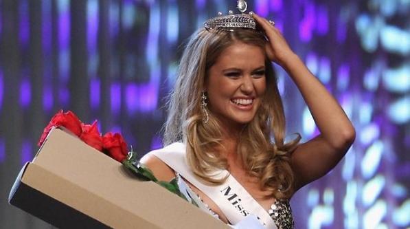 Miss Universe Australia 2011, Scherri Lee Biggs Miss Universe Australia 2011, Scherri Lee Biggs Miss Universe Australia 2011, Scherri Lee Biggs  6.5