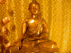 Paris Buddhist Centre shrine
