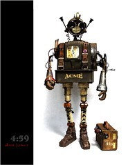 4:59 (Tinkerbots) Tags: work vintage robot mechanical time assemblage acme scifi comicon steampunk sculputre danjones mixedmedium dieselpunk tinkerbots