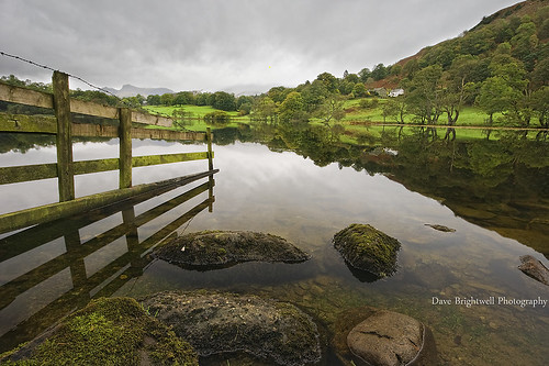 Loughrigg Tarn by jimmypop68