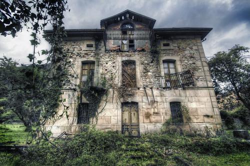 Abandoned house. Treceño, Cantabria. Casa Abandonada