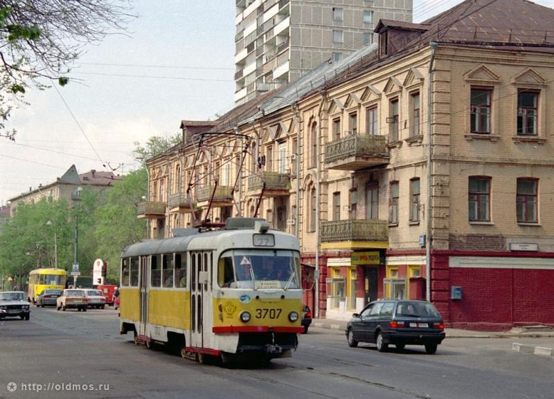 Центральная клиническая психиатрическая больница на улице