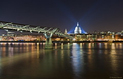 Lighting up London (Richard Beech (rdb75)) Tags: longexposure london thames night canon cathedral stpauls millenniumbridge citylights riverthames cityoflondon slowshutterspeed floodlights richardbeech rdb75 sensethecity