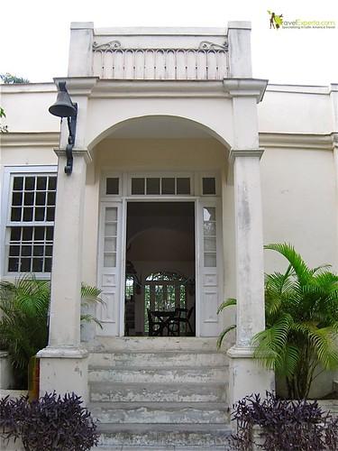 Hemingway's Entrance, Cuba