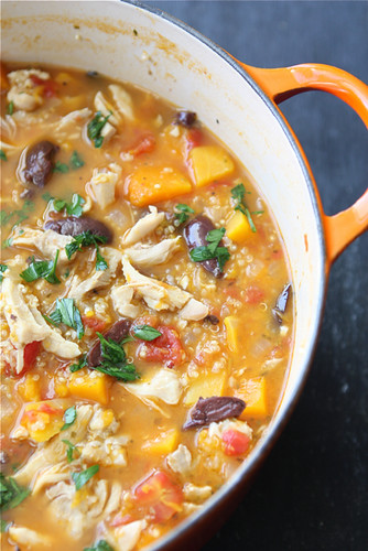 Hearty Chicken Stew Recipe with Butternut Squash and Quinoa...The most popular recipe on my site! 330 calories and 5 Weight Watchers Freestyle SP #chicken #stew #cleaneating
