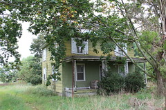 Pre-Civil War House (tiffany michele) Tags: old house abandoned newjersey farm country neglected nj dilapidated southjersey buena fallingapart precivilwar