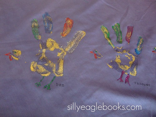 handprint turkey tablecloth craft