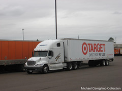 Swift Transportation Freightliner Columbia with 48' Target trailer (Michael Cereghino (Avsfan118)) Tags: tractor truck foot store columbia semi company transportation co target swift trailer stores eight 48 trucking sleeper forty freightliner