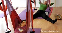 Ayurveda Anti Age en el Columpio de Yoga (AeroYoga®)